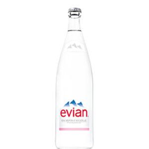 eau-minerale-traiteur